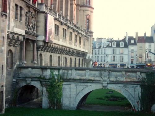Entree-du-chateau-de-saint-germain-en-laye%20041.jpg